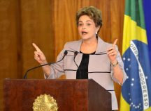 Defesa de Dilma à Comissão do Impeachment será entregue na tarde desta segunda