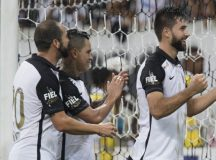 Com quatro bolas na trave e gol no fim, Corinthians vence Ituano na Arena Corinthians pelo Paulistão