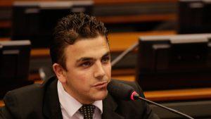 Deputado Aliel Machado votou contra o impeachment. Reprodução: Gazeta do Povo