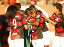 Flamengo domina e vence Boavista por 3 a 0