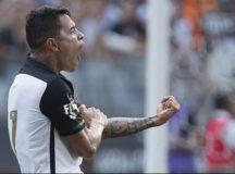 Corinthians goleia Red Bull Brasil e se classifica às semifinais do Paulistão