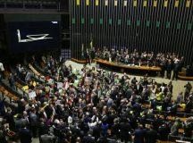 Semana da Câmara começa com pauta trancada por quatro medidas provisórias