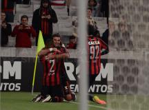 Furacão goleia o Dom Bosco e garante vaga na próxima fase da Copa do Brasil
