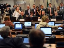 Votação do processo de impeachment no plenário do Senado pode durar dois dias