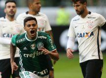 Com recorde de público no Allianz Parque, Palmeiras bate Corinthians pelo Brasileirão