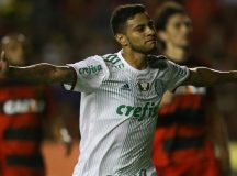 Palmeiras vence Sport fora de casa e segue líder do Campeonato Brasileiro