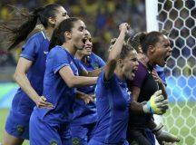 Brasil supera Austrália nos pênaltis e vai à semifinal do futebol feminino