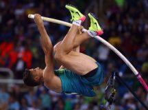 Thiago Braz conquista ouro e bate recorde olímpico no salto com vara