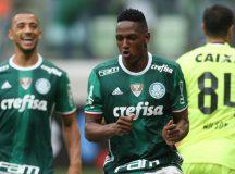 Líder do Brasileirão, Palmeiras cresce no segundo tempo e vence Coritiba no Allianz Parque