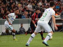 Atlético Paranaense vira sobre a Chapecoense e chega aos 45 pontos no Brasileirão