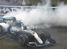 Rosberg celebra o primeiro título. Foto: Formula1.com