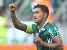 Com gol de Dudu, Palmeiras vence Botafogo e dá mais um passo na luta pelo título