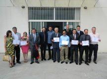 Eleitos juntamente com o Juiz Dr. Dawber e o Promotor Dr. Eduardo. (Foto: Diego Soares/ Folha Paranaense)