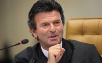Ministro do STF suspende todas as ações contra tabela de frete no país