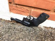 Arma apreendida pela polícia foi descartada pelo suspeito. Foto: Divulgação PM