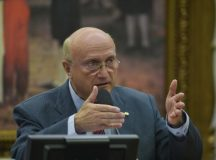 Temer confirma Osmar Serraglio como novo ministro da Justiça