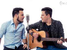 Dupla lança primeiro trabalho com  turnê de shows e participações no interior de SP