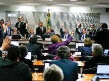 Reforma trabalhista passa na CCJ e segue para o Plenário