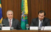 Brasília - DF, 22/11/2016. Presidente Michel Temer, o Presidente do Senado, senador Renan Calheiros e o Presidente da Câmara, deputado Rodrigo Maia durante reunião com Governadores. Foto: Beto Barata/PR