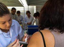 SP, RJ e BA receberão doses fracionadas da vacina contra a febre amarela. Foto: Flavia Villela/Agência Brasil