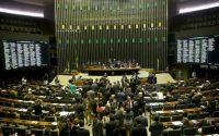Câmara aprova reoneração com isenção de PIS/Cofins no diesel