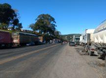 Caminhoneiros não têm previsão para o encerramento do protesto