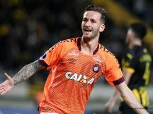 Furacão goleia o Peñarol no Uruguai e passa às oitavas da Sulamericana