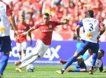 Paraná Clube sofre gol nos acréscimos e deixa Beira Rio reclamando do árbitro