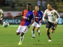 Paraná Clube é goleado pelo Flamengo na Vila Capanema