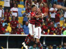 No Maracanã, Flamengo vence Grêmio e segue vivo na briga pelo título