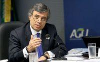 Brasília - O presidente da Federação Brasileira de Bancos (Febraban), Murilo Portugal, durante coletiva na AGU sobre acordo assinado entre poupadores e bancos (Wilson Dias/Agência Brasil)