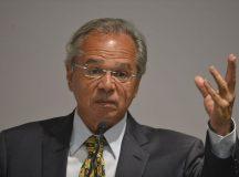 O ministro da Economia, Paulo Guedes, discursa na solenidade de transmissão de cargo.