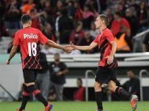 Em primeiro amistoso com time principal, Athletico vence General Díaz