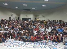 Manifestantes lotaram o plenário da Câmara Municipal nesta terça-feira. Foto: Divulgação