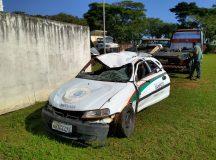 Assaltantes furtam carro da prefeitura e tombam no Rincão