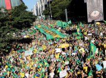 Atos em apoio ao governo ocorreram em diversas cidades do país