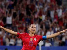 EUA vencem Inglaterra por 2 a 1 e seguem para final da Copa feminina