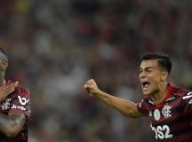 Flamengo vence clássico contra Fluminense e dispara na liderança