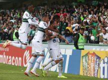 Coritiba vence o Bragantino e ainda depende somente de si para o acesso à Série A