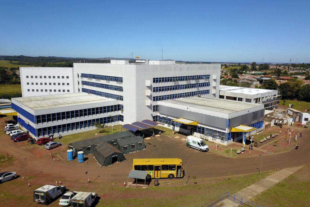 Hospital Universitário Regional é a unidade referência para atendimento médico dos municípios da região dos Campos Gerais, incluindo Arapoti e Jaguariaíva. Foto: AEN/PR